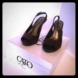 Cato's dark gray suede with side Buckle peep-toe p
